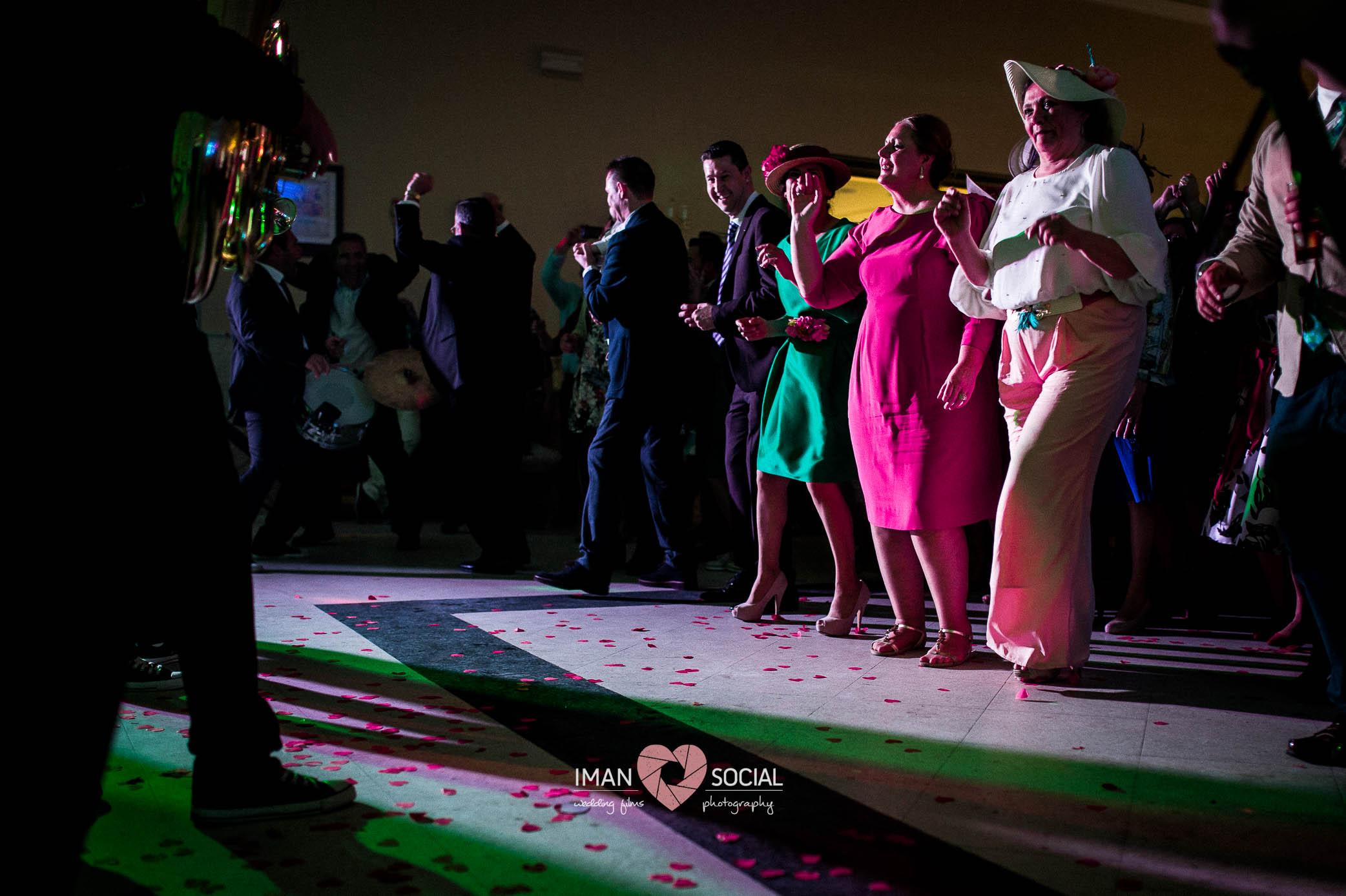 fotografo-de-boda-en-cordoba-sevilla-posadas-boda-auxi-y-antonio-41 Auxi & Antonio, primera boda de la temporada - video boda cordoba